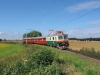 Obr. 1 - Bobinka přijíždí se svým prvním sobotním vlakem z Bechyně do zastávky Horky u Tábora