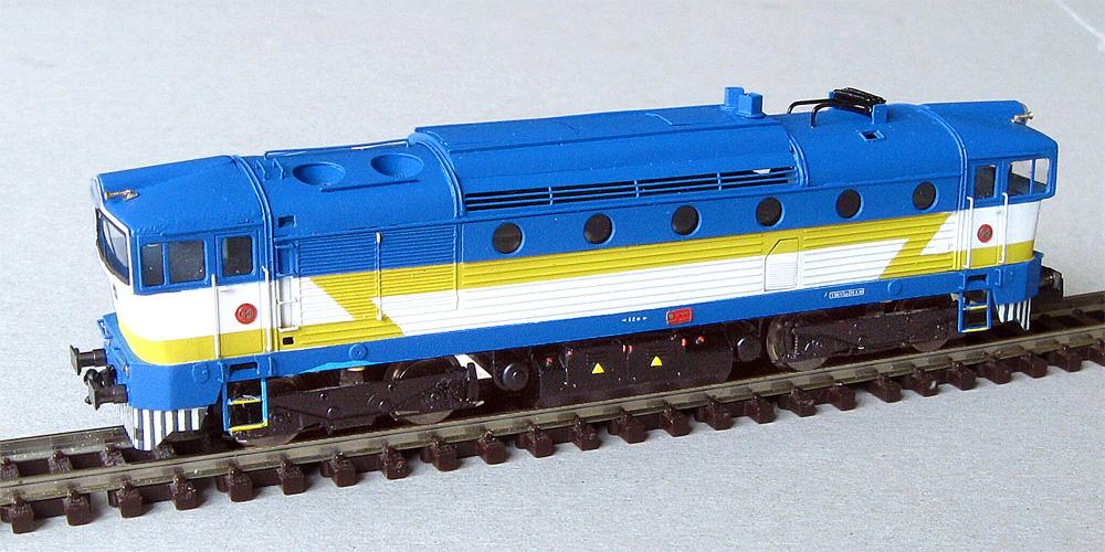 008-brejlovec-kubik