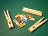 Dřevěné kolíčky na prádlo; malé, velké, červené, modré...