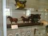 Kočár s pasažéry museli táhnout dva koně