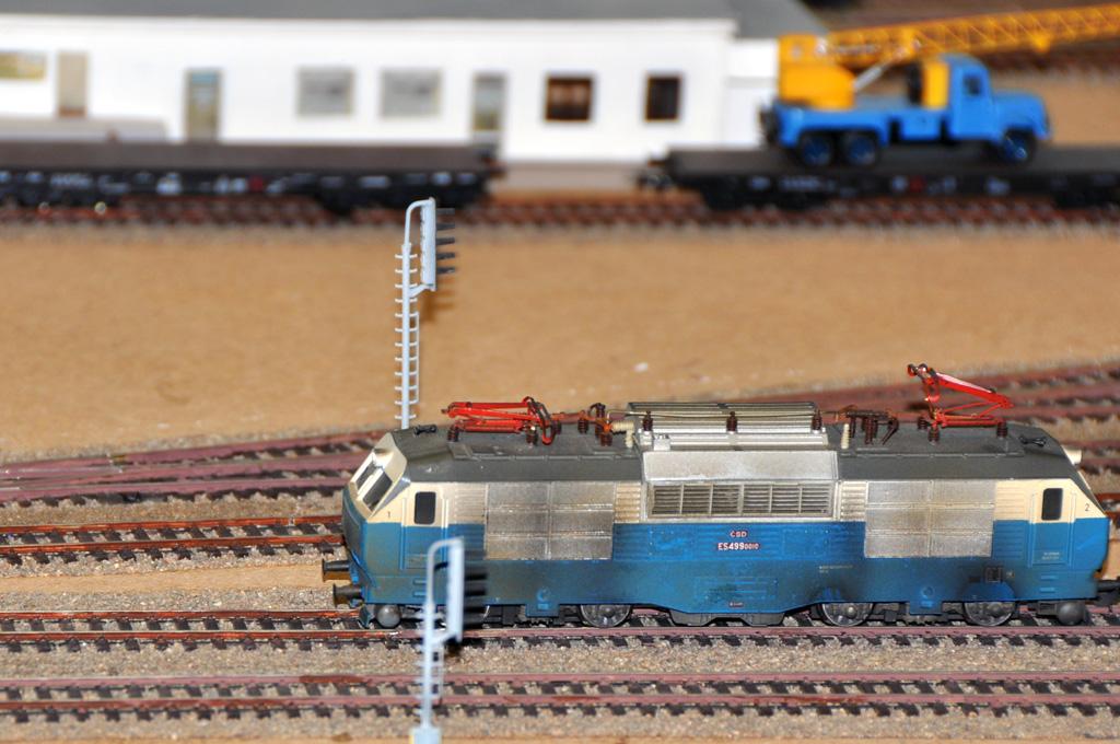 Několik hezky vybarvených a patinovaných lokomotiv zajisté ze sbírky Radka Wimmera