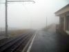 Vrcholová stanice v mracích. A prší!
