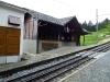 Jedna ze stanic na trati