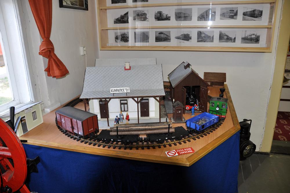 Železniční muzeum v Rosicích nad Labem