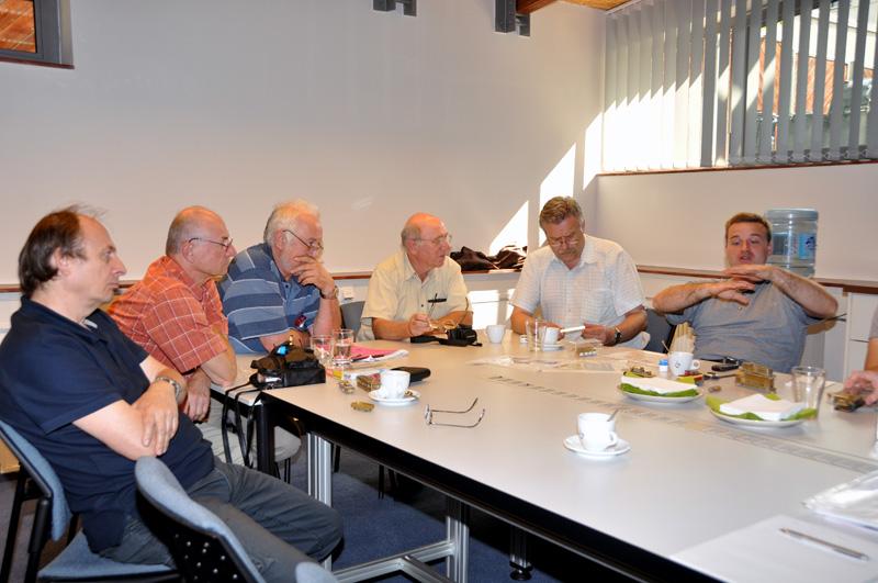 Účastníci semináře bedlivě naslouchají