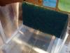 Příprava filtrační vložky v zadní části boxu
