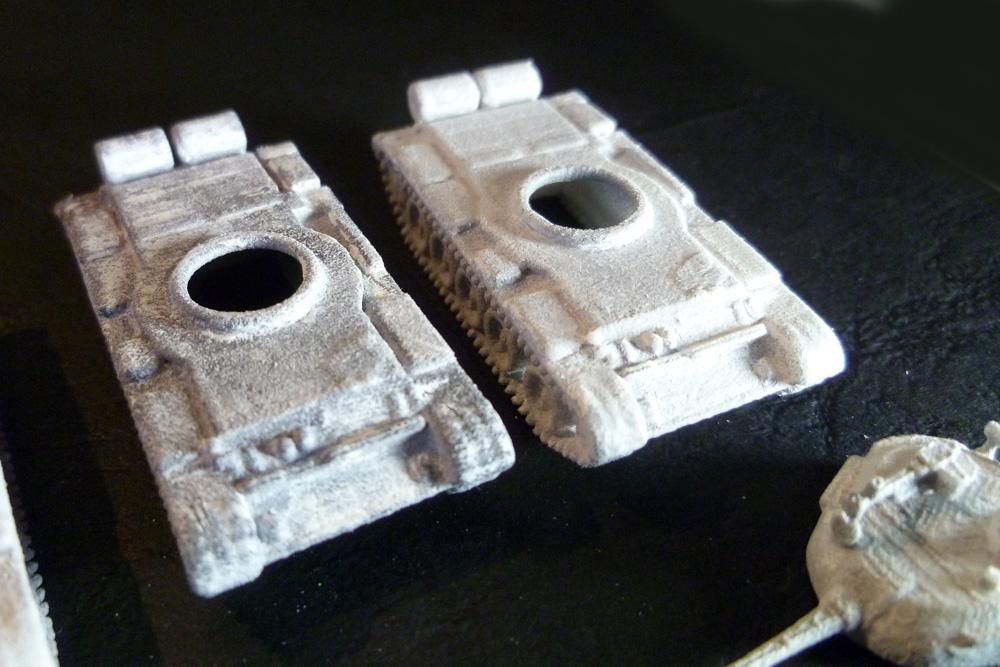 Tmelený a přebroušený model (vlevo)