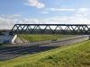 Železniční most přes R6 (pohled ze severní strany)