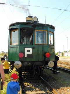 036-Komarek