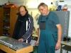 Karel Brejša (vpravo) vysvětluje provoz kolejiště Zdeňku Krušinskému